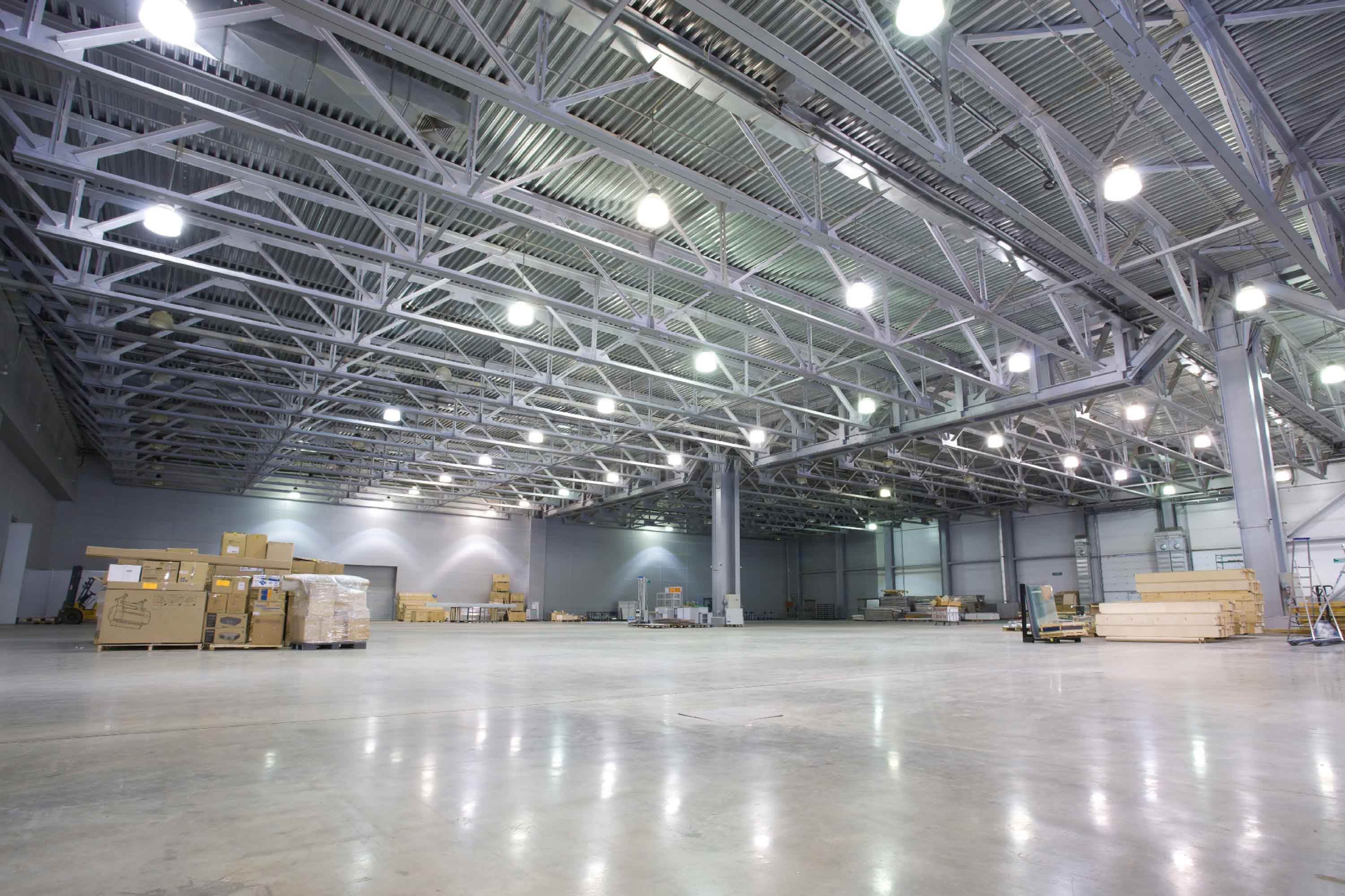 Warehouse with Smart Lighting by Mymesh